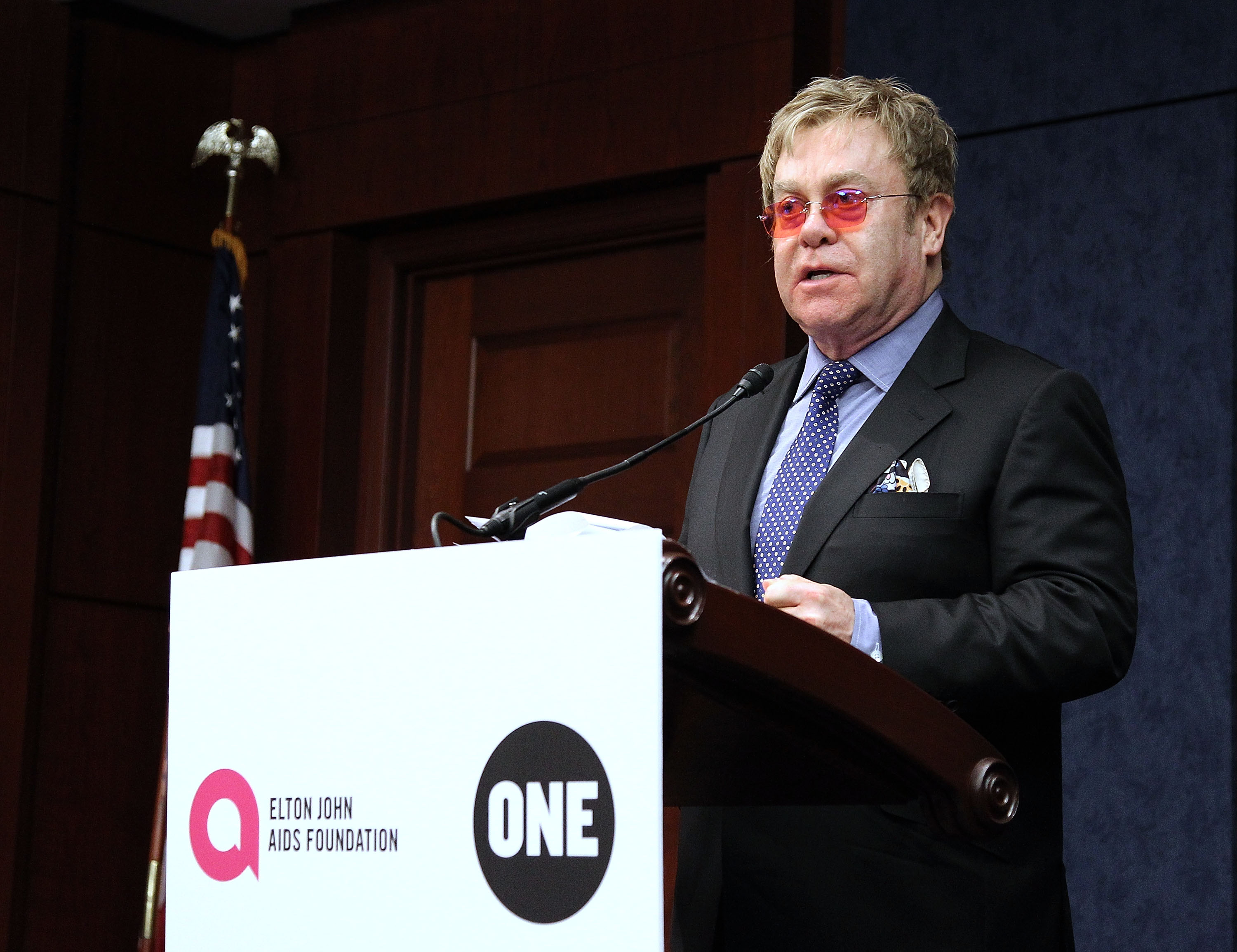 WASHINGTON, DC - MAY 05:  Sir Elton John, Founder, Elton John AIDS Foundation, speaks during an Elton John AIDS Foundation and The ONE Campaign hosted reception on global HIV/AIDS funding at the U.S. Capitol Visitor Center on May 5, 2015 in Washington, DC.  (Photo by Paul Morigi/Getty Images for EJAF) *** Local Caption *** Elton John