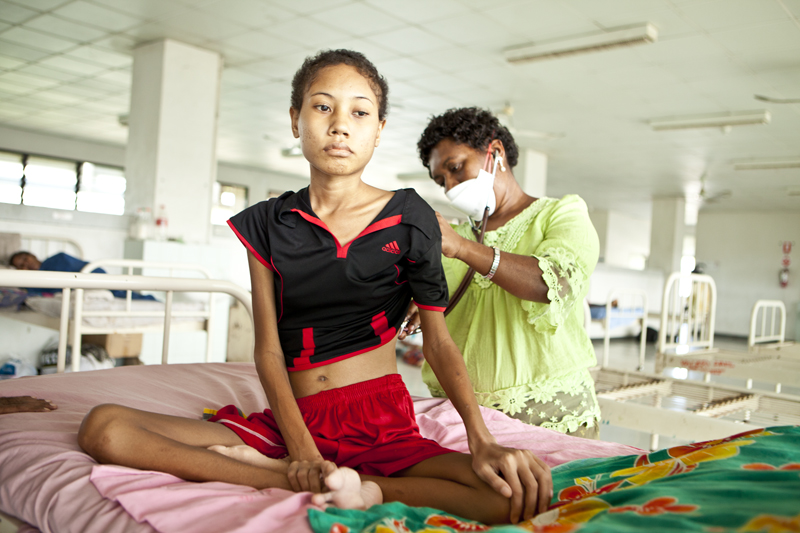 Australian Aid helps to reduce TB in PNG